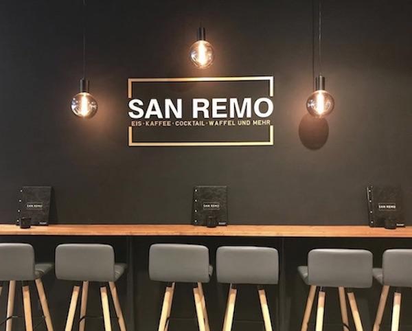 San Remo in Bielefeld Eis, Kaffee, Cocktails und Waffeln