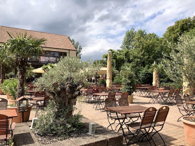 TERRASSE DER FINCA BAR CELONA. Cafés in denen man gut arbeiten oder lernen kann in Bielefeld