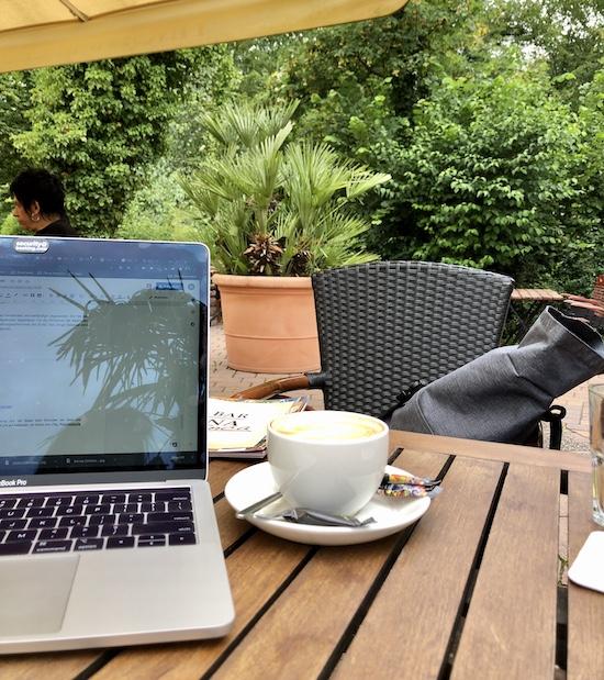 FINCA BAR CELONA . Cafés in denen man gut arbeiten oder lernen kann in Bielefeld