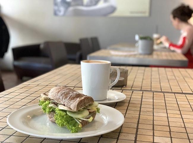 SANDWICH IM M KAFFEE. Cafés in denen man gut arbeiten oder lernen kann in Bielefeld
