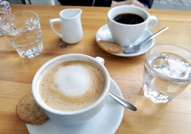 KAFFEE-GENUSS IM MELLOW GOLD. Cafés in denen man gut arbeiten oder lernen kann in Bielefeld